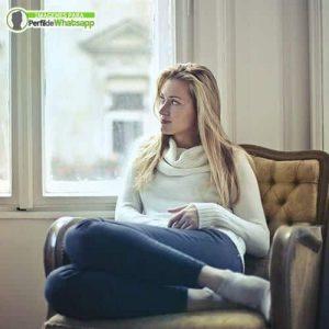 imagenes de mujeres pensativas para descargar gratis